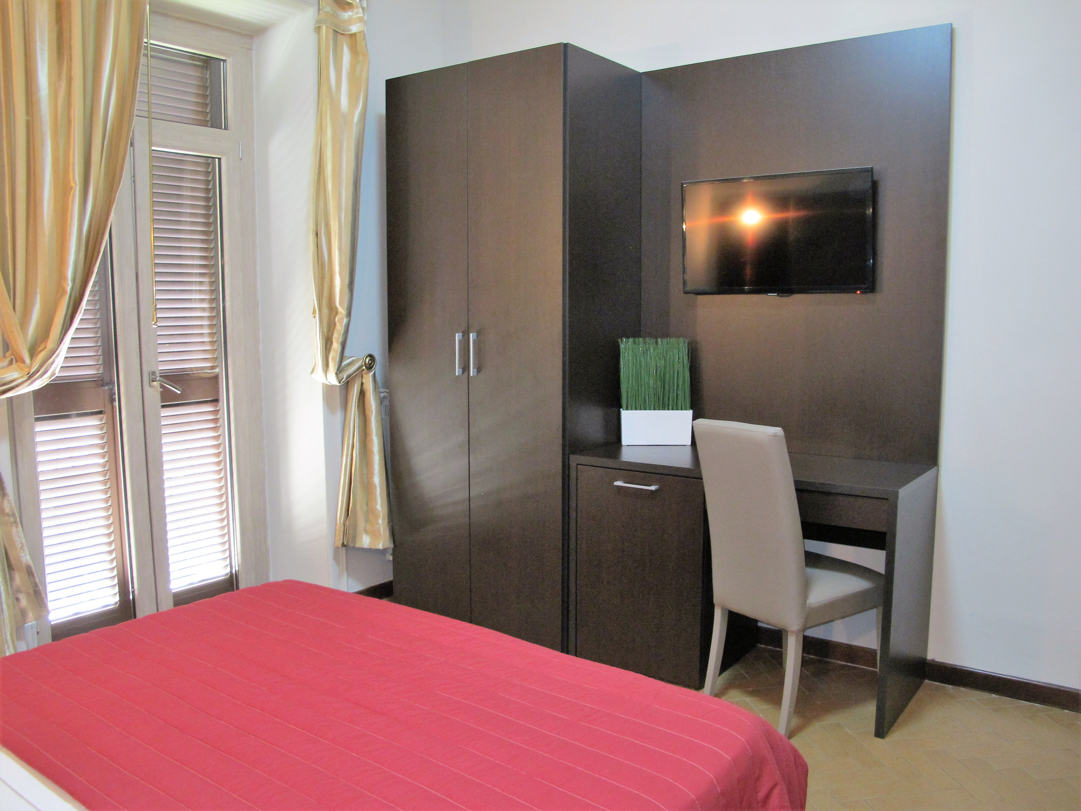 prenota camere hotel d 39 este roma. Black Bedroom Furniture Sets. Home Design Ideas